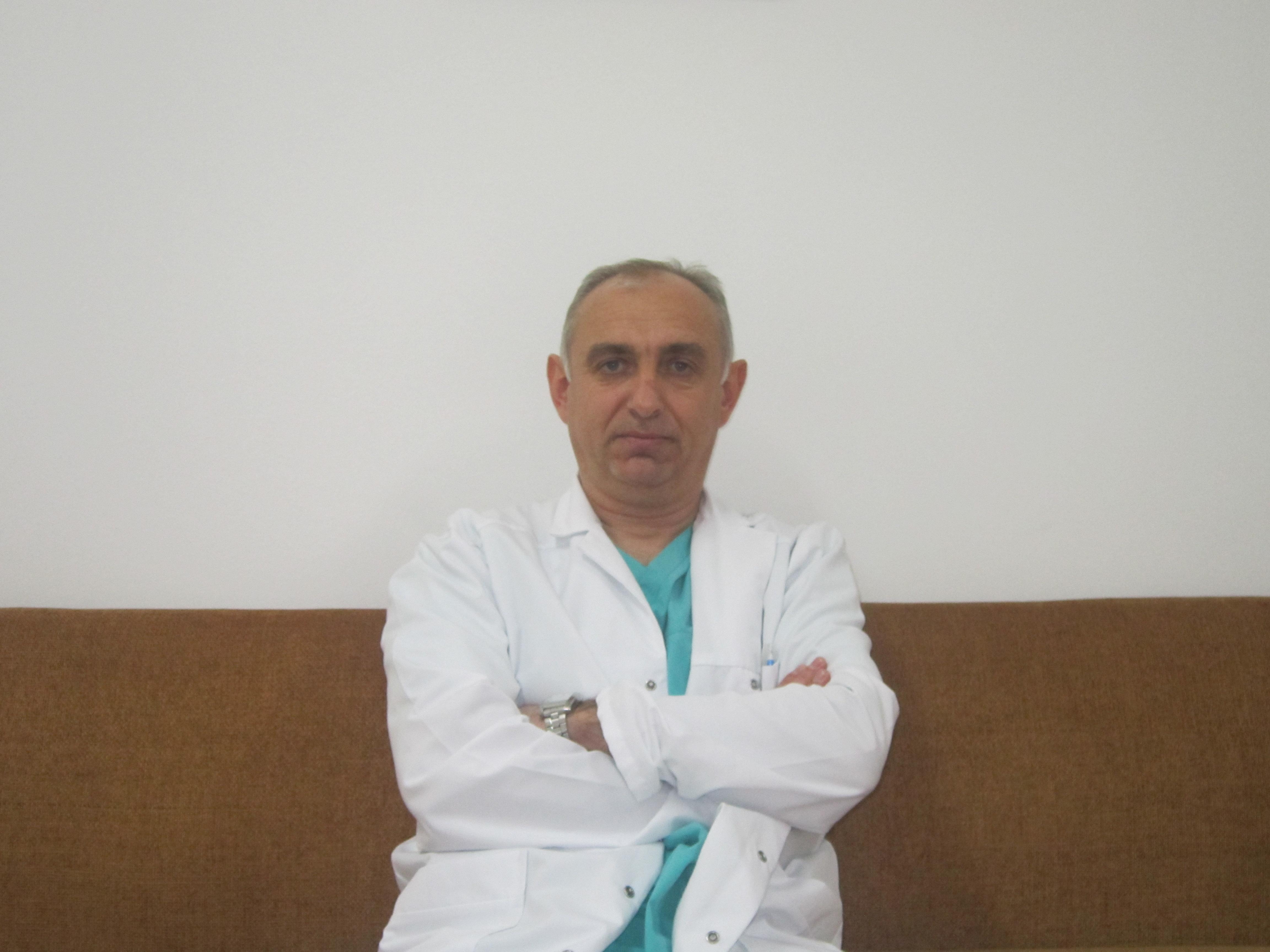 Д-р Феликс Кабаков