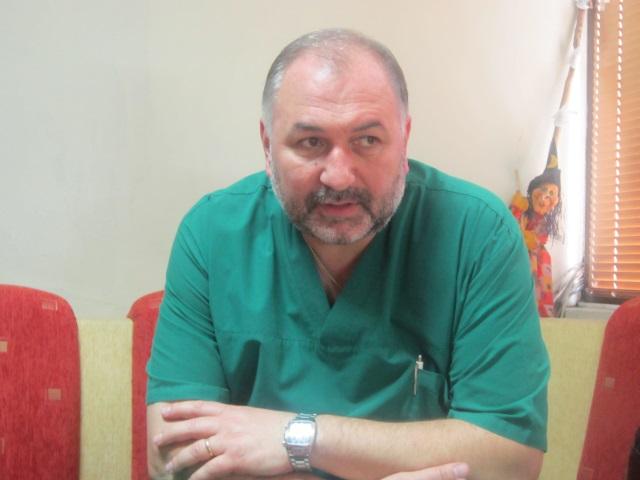 Д-р АНТОН ЛАЛОВ