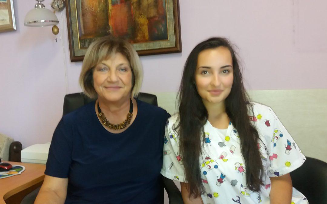 """Ученичка е първият доброволец в МБАЛ """"Д-р Братан Шукеров"""""""
