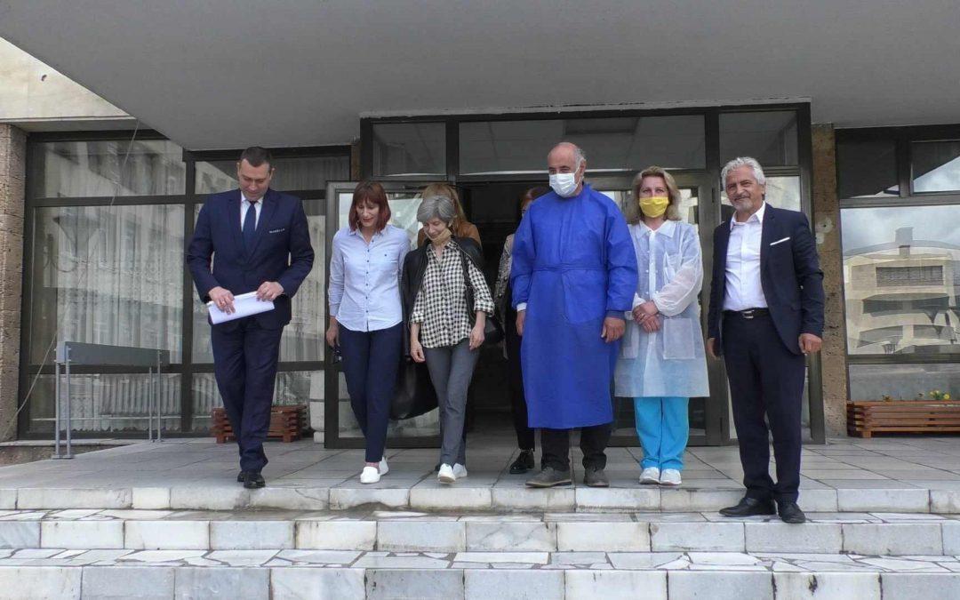"""Козметичната фирма """"Рубелла бюти"""" направи дарение на МБАЛ – Смолян"""